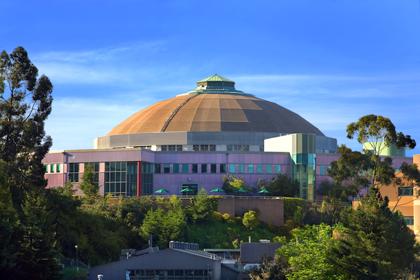 Photo - A view of the Advanced Light Source building at Berkeley Lab. (Credit: Roy Kaltschmidt/Berkeley Lab)